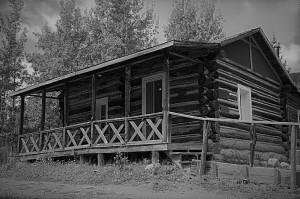 Holzwarth Cabin BW